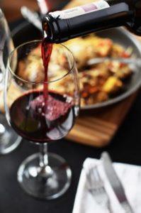 restaurant-love-romantic-dinner-272x410